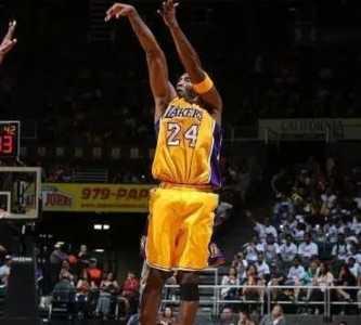 投篮手势如何像科比一样又帅又准 科比投篮手型