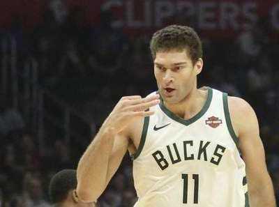 NBA密尔沃基雄鹿队高大缓慢的低位型中锋 nba雄鹿队
