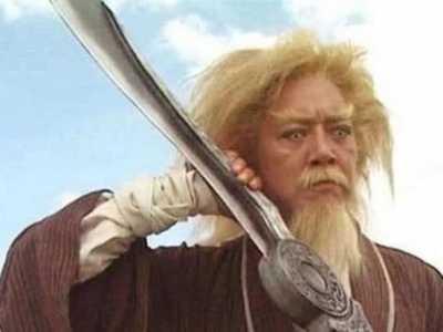 倚天中被人忽略的1件神器 屠龙刀倚天剑