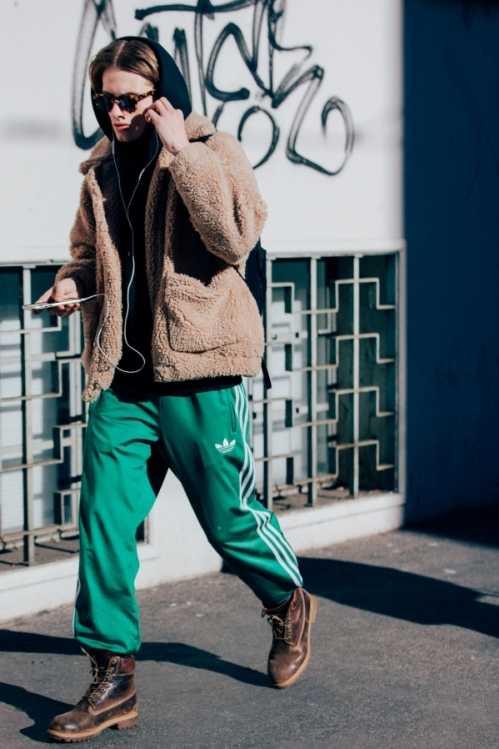 运动裤配什幺上衣好看男 喜欢运动男和潮男