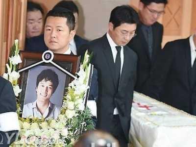 金成民的父亲是LG总裁吗 金成泽lg