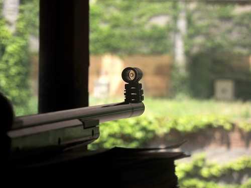 你体验过真枪实弹的射击吗 56小口径运动步枪子弹